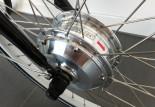 Puissant moteur 36V 250W situé dans la roue avant
